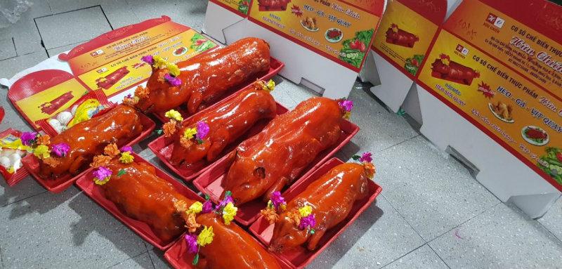 10 Địa chỉ bán heo quay ngon nhất Sài Gòn TPHCM nên mua thưởng thức